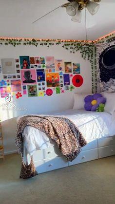 Indie Bedroom, Indie Room Decor, Cute Bedroom Decor, Room Ideas Bedroom, Aesthetic Room Decor, Chambre Indie, Pinterest Room Decor, Pretty Room, Master Bedroom Design