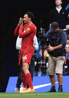 Liverpool Players, Fc Liverpool, Liverpool Football Club, Football Players Images, Soccer Players, Alexander Arnold, Smocking Patterns, You'll Never Walk Alone, Football Wallpaper