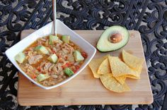 Chicken White Bean Chili #recipes #chili #chips #entertaining #football #tailgating #party