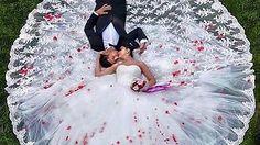 Love this for my wedding photos Wedding Picture Poses, Wedding Photography Poses, Wedding Poses, Wedding Photoshoot, Wedding Shoot, Wedding Pictures, Wedding Day, Groom Pictures, Photography Styles