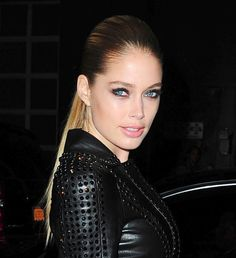 Want to Look Hot? Grab an Aubergine Eyeliner and Copy This Smoky Makeup Look From Victoria's Secret Model Doutzen Kroes: Girls in the Beauty Department
