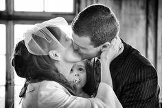 La fameuse scène du baiser : Photo de mariage: 60poses originales - Linternaute
