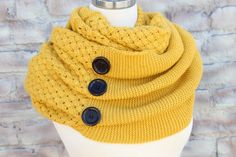 Winter infinity scarf. Adorable!