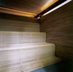 Sauna Room Ideas In Small Vacation House With Private Steam Sauna And Pool Design home trends design photos, home design picture at Home Design and Home Interior Miller House, Sauna House, Sauna Room, Modern Saunas, Lava, Jacuzzi Room, Steam Sauna, Steam Bath, Timber Slats