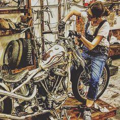 #ハーレー #ハーレー女子 #パンヘッド #panhead #ビンテージ#バイク #バイク女子 #ガールズバイカー #allstar #カスタム#ファイヤーパターン #スプリンガー #harleydavidson #japan #日本 #かっこいい #かわいい #渋い #メンテナンス #シブカワ女子