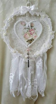 Shabby chic dreamcatcher Shabby chic dream by Chiclaceandpearls