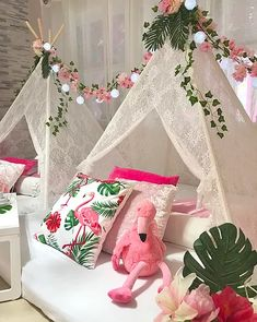 My Little Party Miami - Teepee Party Teepee Party, Teepee Tent, Kid Parties, Slumber Parties, Summer Birthday, Unicorn Birthday Parties, Girls Teepee, Picnic Decorations, Disney Makeup
