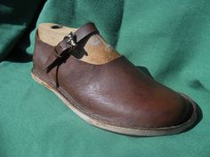 LEATHER SHOES-medieval inspired by LughAislingCelticArt on Etsy