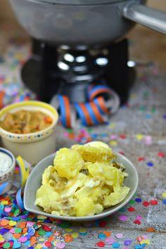 Silvester Fondue Abend mit Dips, Kartoffelsalat, Pinwheel Pops & guter Musik   Das Knusperstübchen Dips, Pinwheels, Ice Cream, Desserts, Food, Fondue Recipes, Musik, Raclette Ideas, New Years Eve