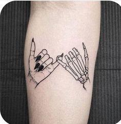 30 Cool & Pretty Hand Tattoo Design Ideas For Woman - Tattoo.- 30 Cool & Pretty Hand Tattoo Design Ideas For Woman – Tattoo, Tattoo ideas, Tattoo shops, Tattoo actor, Tattoo art 30 Cool & Pretty Hand Tattoo Design Ideas For Woman - Piercing Tattoo, 10 Tattoo, Tatoo Henna, Tattoo Shop, Tattoo Hand, Piercings, Two Hands Tattoo, Tattoo Fonts, Mandala Tattoo