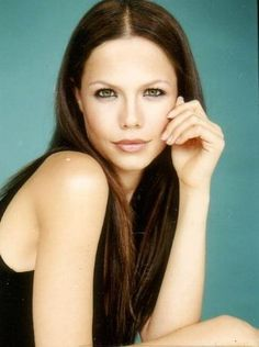 Tammin Sursok- Jenna Marshall on pretty little liars probably has the most beautiful lips i have ever seen Most Beautiful People, Beautiful Lips, Top Celebrities, Celebs, Pretty Little Liars Netflix, Pretty Little Lies, Tammin Sursok, Young And The Restless, Beautiful Actresses