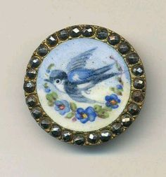 Vintage button! Bluebird too. Love, love, love it.