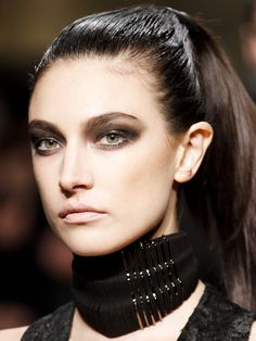 fall beauty trend: how to go goth