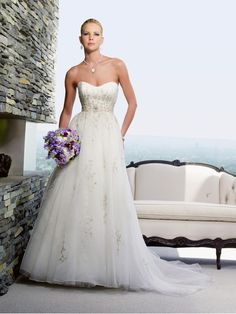 Perfect Bridal Dress for a Night Wedding Ceremony