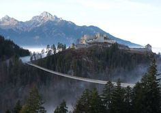 Burgenwelt Ehrenberg mit dem Burgenmuseum Ehrenberg, Naturausstellung, Hängebrücke highline 179 uvm. in Reutte / Tirol.