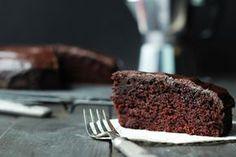 Kryzysowy murzynek – czekoladowe ciasto bez nabiału… – brunetkawkuchni