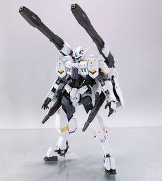 GUNDAM GUY: HG 1/144 Gundam Flauros [Ryusei-Go] - Customized Build