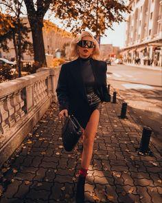 Bags, Instagram, Fashion, Handbags, Moda, Fashion Styles, Fashion Illustrations, Bag, Totes