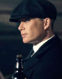 Cillian Murphy as gangster Thomas Shelby Peaky Blinders 💜 John Shelby Peaky Blinders, Peaky Blinders Thomas, Cillian Murphy Peaky Blinders, Peaky Blinders Season 5, Peaky Blinders Quotes, Gangsters, Peeky Blinders, Tom Hardy Actor, Alfie Solomons