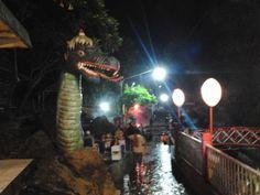 Jawa Tengah, Pemandian Guci Tegal Malam Hari: Guci Indah Tegal Tempat Wisata Keluarga