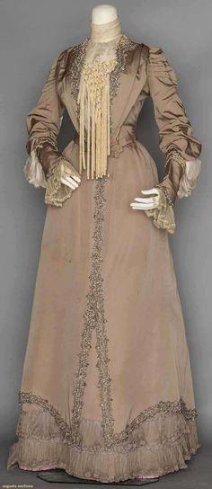 Two-Piece Dinner Dress (image 1)   1903   silk chiffon, steel beads   Augusta Auctions   November 11, 2015/Lot 27