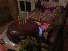 Festa 30 anos com tema tropical feita por Sua Festa Organizada (www.facebook.com/festaorganizada) - bolo de pão de mel.
