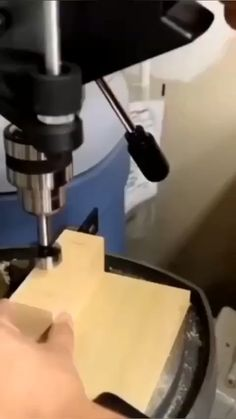 Woodworking Ideas To Sell, Woodworking Tools For Beginners, Wood Projects For Beginners, Unique Woodworking, Popular Woodworking, Woodworking Techniques, Woodworking Videos, Woodworking Plans, Easy Projects