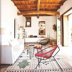 Nanimarquina heeft samen met ontwerpduo Nipa Doshi & Jonathan Levien de super mooie Rabari vloerkleden serie ontworpen! Lees er meer over via link in bio. #vloerkleden #rug #nanimarquina #interieur #interior