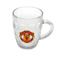 Traditional Manchester United pint glass / tankard with handle featuring the iconic club crest. A must for any Man United fan. FREE DELIVERY on all of our football merchandise Manchester United Merchandise, Manchester United Gifts, Sports Gifts, Man United, Online Gifts, Pint Glass, Premier League, The Unit, Manchester United