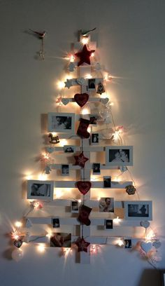 #diy #wallchristmastree #christmastree #wood #familyphotos #love #handmade #madewithlove #arcebhandmadesign
