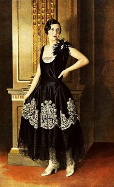 """Les Modes (Paris) January 1928 """"joconde"""" robe de style de la Maison Agnes"""
