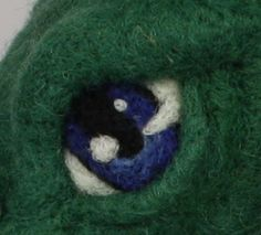 needle felting eyes help