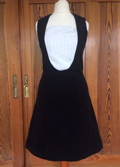 Kaufe meinen Artikel bei #Kleiderkreisel http://www.kleiderkreisel.de/damenmode/kleine-schwarze/158906792-schmales-kleid-im-50er-stil