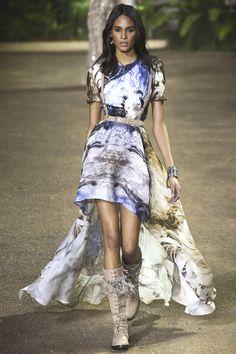 Elie Saab   Spring/Summer 2016 Couture Collection via Designer Elie Saab   Modeled by Cindy Bruna   Paris; January 27, 2016