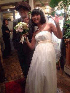 an old friend,hanmo.and his fiancee nonchan. i designed his suit.