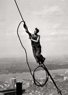 'Ícaro sobre el Empire State Building', 1931. Colección George Eastman House, 2012.