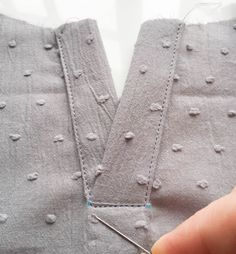 Sewing the Imogen Front Placket – Love to Sew Learn to Sew Sewing School, Sewing Class, Sewing Basics, Sewing Hacks, Sewing Tutorials, Sewing Projects, Sewing Patterns, Techniques Couture, Sewing Techniques