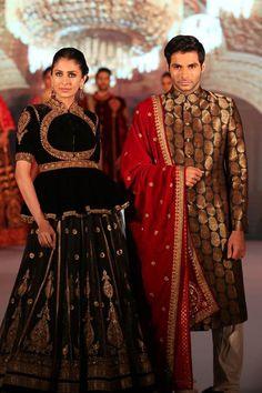 Umang Hutheesing Indian Bridal Lehenga, Indian Bridal Wear, Indian Wear, Royal Fashion, Indian Fashion, Big Indian Wedding, Lehenga Style, Couture Week, Indian Dresses