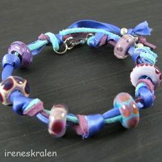 Armband met lint & glas lampwork kralen homemade van irenesKralen op DaWanda.com