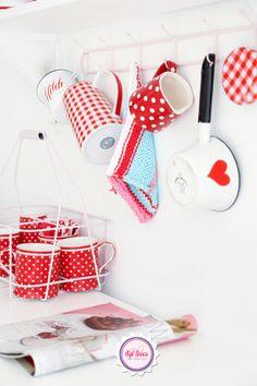 Pretty red kitchen