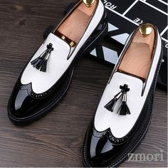 Men's Shoes - Black White Tassels Glossy Patent Leather Loafers Flats Dress Shoes Mens Dress Loafers, Tassel Loafers, Leather Loafers, Loafers Men, Patent Leather, Women's Shoes, Flat Dress Shoes, Black Shoes, Shoes Men