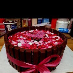 Kit Kat cake I made for Valentine's Day 2012