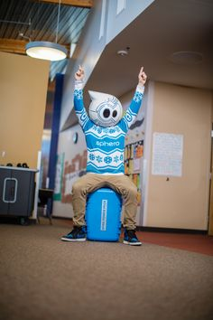 Want to Power Pack learning in your classroom? Invite Sphero in. It will SPRK them to play with purpose! Classroom Fun, Classroom Resources, Google Classroom, Stem Teaching, Teaching Kids, Maker Maker, Office Boards, Kids Inspire, Coding For Kids