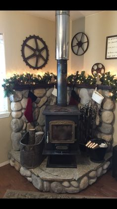 33 New Home Decor That Will Make Your Home Look Fantastic wood stove stove fireplace wood burning stove Wood Stove Surround, Wood Stove Hearth, Stove Fireplace, Fireplace Remodel, Wood Burner, Cabin Fireplace, Hearth Pad, Corner Fireplaces, Modern Fireplaces