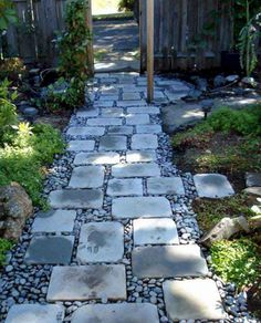 Landscaping with stones and rocks instead of mulch for Landscaping rocks tuscaloosa al