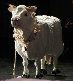 Making a cow prop - Milky White from Into the Woods.
