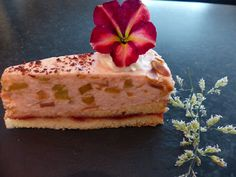 Verboten gut ⚠: Rhabarber ~ Torte