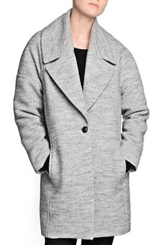 12 Coat Trends To Warm Up To #refinery29 Rounded shoulder coats