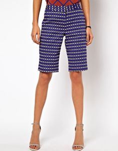 ASOS City Shorts in Geo Print: 4/1 or 4/3?  :)