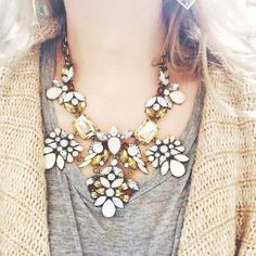 texas-lilly:  kinda sorta fell in love with this necklace today while at work…